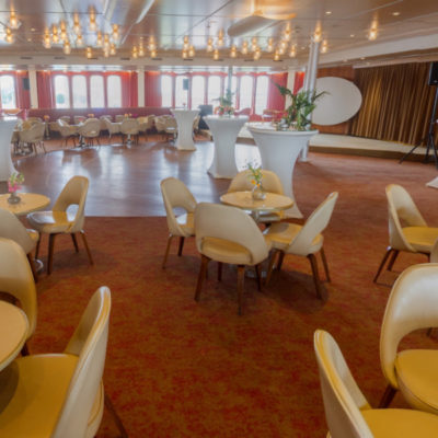 Queen's Lounge in 360°