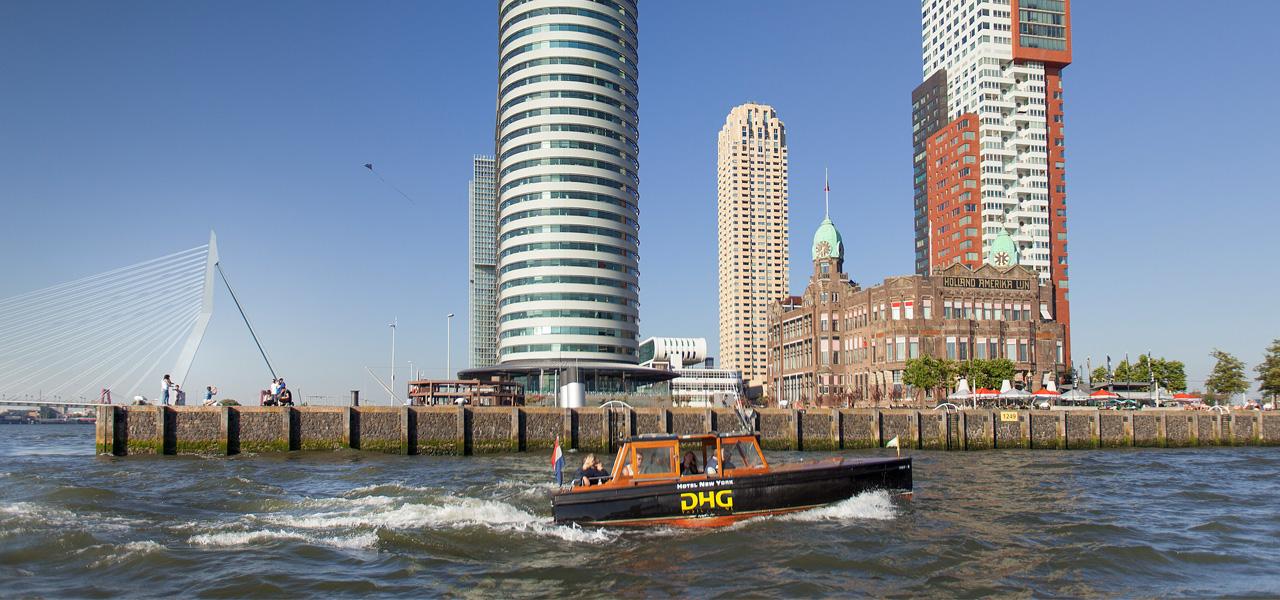 watertaxi-hotel-new-york-hotels-rotterdam